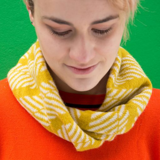 Ayre Twist Snood by Mixter Maxter