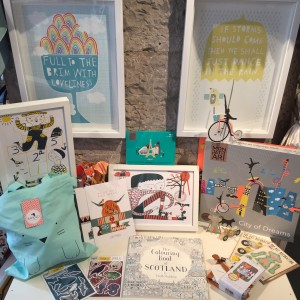 mina braun, holiday DIY fun, Mon Petit Art, Colouring Books, Sewing, Pop out cards, Freya, Atomic soda, banjo, tote bags, prints, stickers