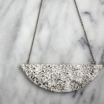 Monochrome Speckled Necklace