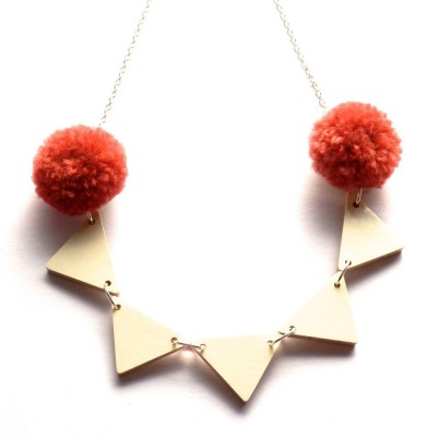 PomPomBuntingNecklace