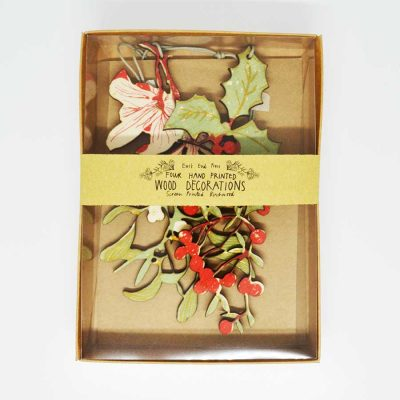 Wooden Foliage Decorations