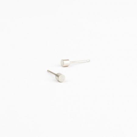 Beton Point Earrings