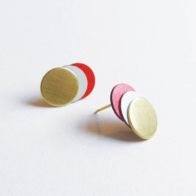 original_brass-coral-circle-earrings