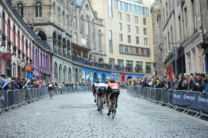 Photos from yesterdays bike race featuring @ChrisHoy @TourSeries #Ediburgh