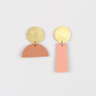 Balance drop earring pair