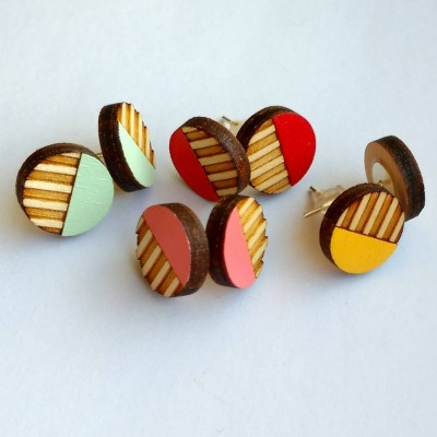 Circle Stripe Wooden Studs